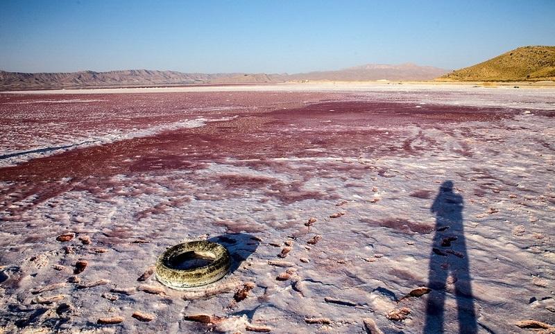 دریاچه مهارلو قرمز شیراز